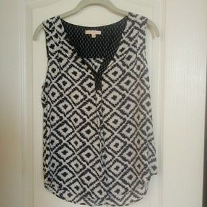Navy blue patterned top
